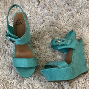 Shoes - Turquoise suede wedges 💠💙